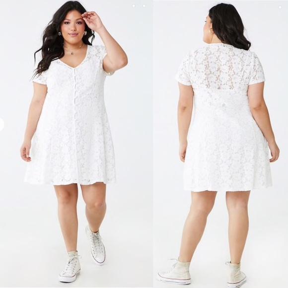 Plus Size Sheer Floral Lace Dress